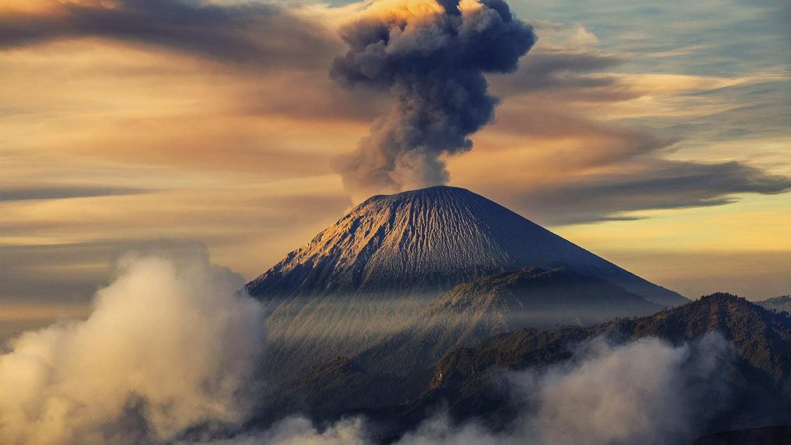 Top 53 Volcano Wallpapers 2017