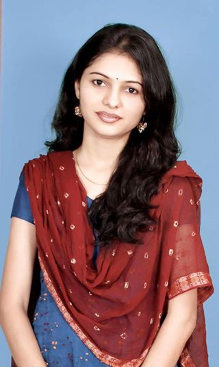 Download Cute Beautiful FB Indian Girl Pic  Wallpaper HD FREE