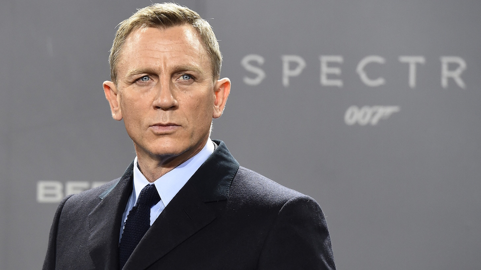 Nerdist Podcast: Daniel Craig | Nerdist