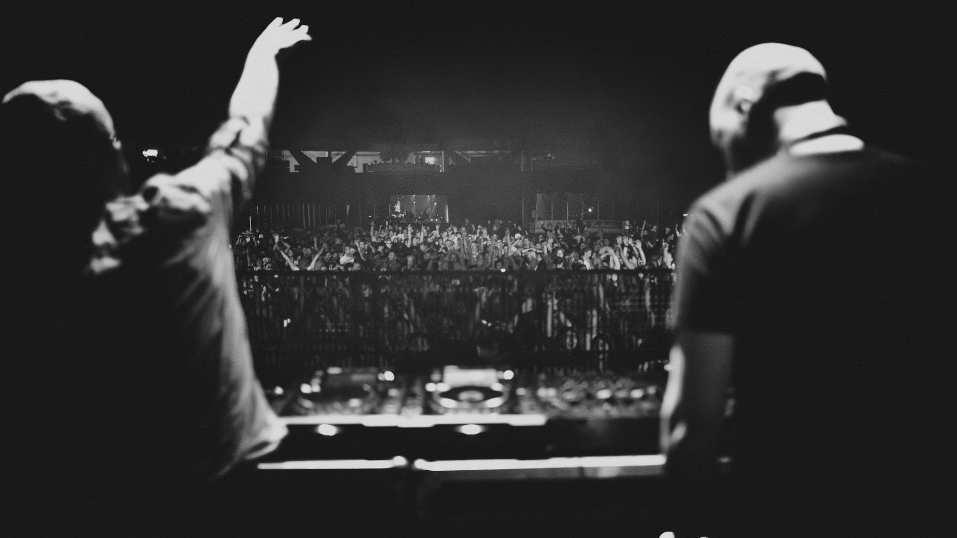 Wallpapers DJ Group (74+)