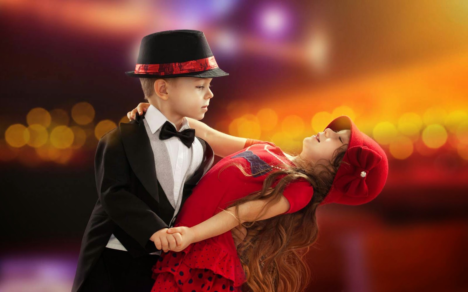 Cute Child Couple Wallpapers : Find best latest Cute Child Couple