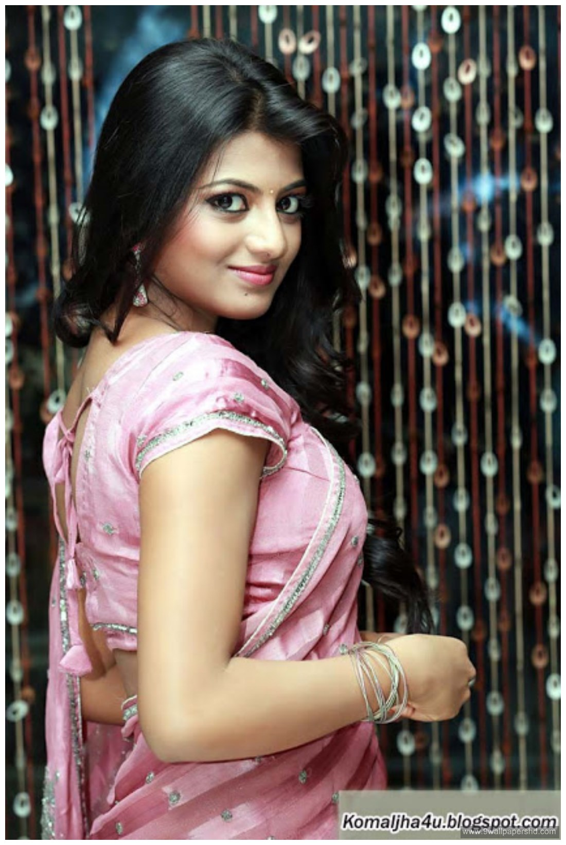 Tamil Actress Anandhi 2016 HD Wallpapers | Wallpapers | Pinterest