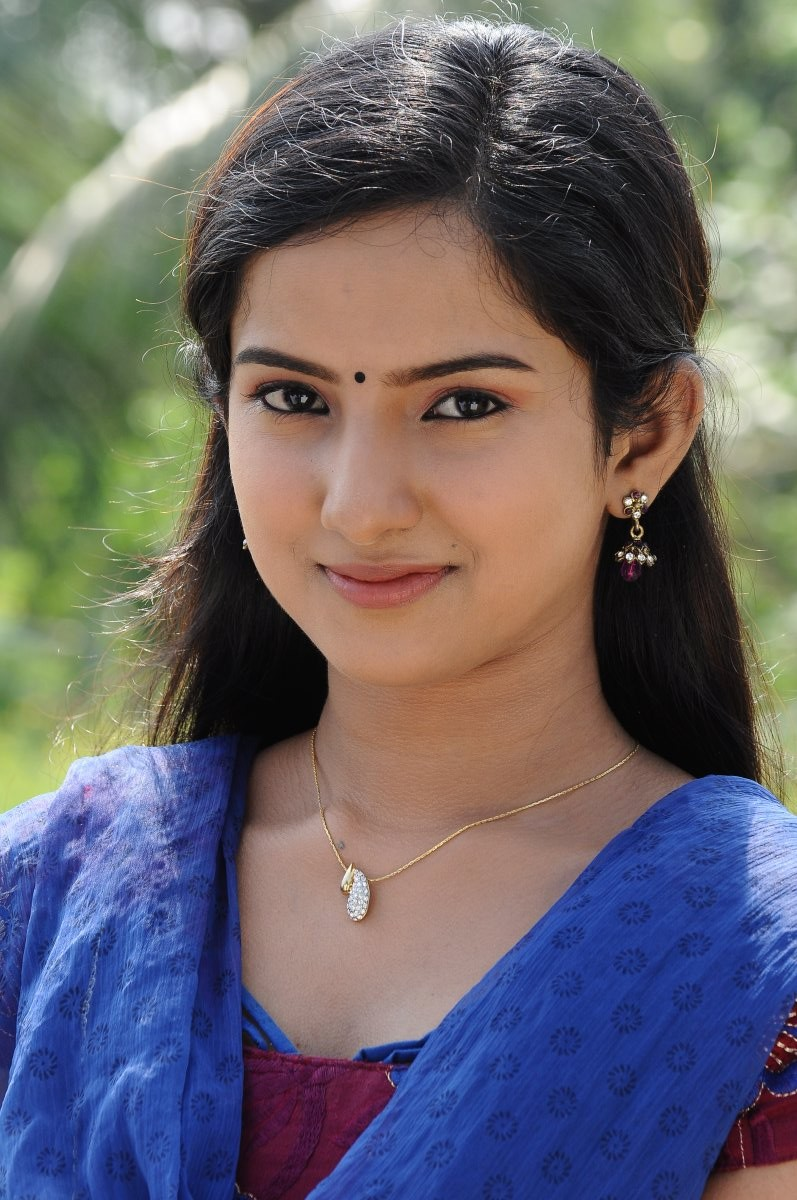 tamil actress Hd Wallpapers And Photos_89762 (9) – JC HD WALLPAPERS