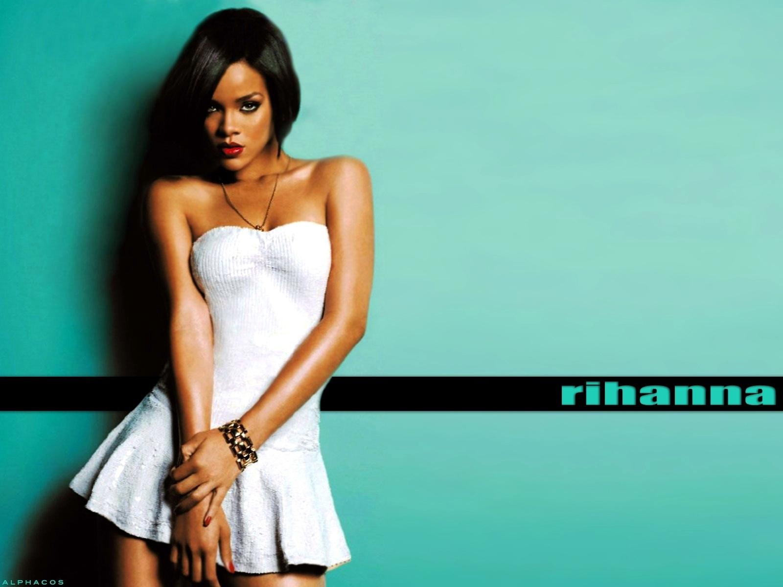 30+ Beautiful Rihanna Wallpapers 100% Quality HD
